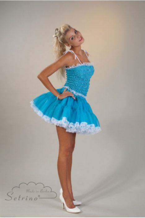 petticoat-underskirt-pinup