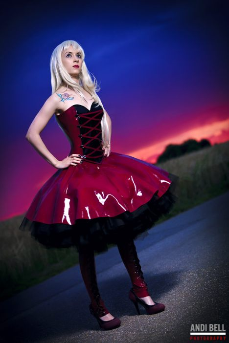 latex-petticoat-jurk